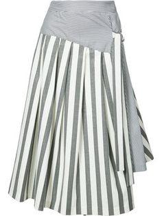 расклешенная юбка в полоску