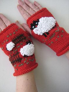 Red fingerless gloves Merino by on Etsy Knit Mittens, Knitted Gloves, Hand Knitting, Knitting Patterns, Knitting Needles, Sheep And Lamb, Fingerless Mitts, Wrist Warmers, Crochet Projects