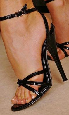 The incredible beauty strappy sexy around the ankle high heel shoe ! It's perfect and sexy as a fuck ! Open Toe High Heels, Platform High Heels, Black High Heels, High Heels Stilettos, High Heel Boots, Stiletto Heels, Pantyhose Heels, Stockings Heels, Strappy Sandals Heels