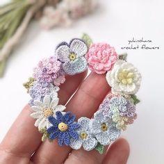 Фантастические работы крючком 😍. Сама нежность 😇. » Сделай Сама. Шитье. Вязание. Рукоделие Crochet Brooch, Crochet Buttons, Crochet Art, Thread Crochet, Cute Crochet, Irish Crochet, Crochet Motif, Crochet Crafts, Crochet Projects
