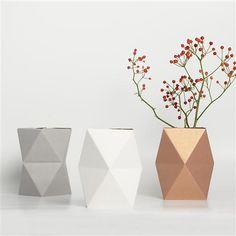 Snug geometrisk vase, liten kobber