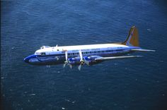 SAA Douglas DC-4 Skymaster ZS-AUB (Outeniqua) Douglas Dc 4, C130 Hercules, Nostalgic Pictures, Air Machine, Air Planes, Vintage Airplanes, Civil Aviation, Air Travel, Airports