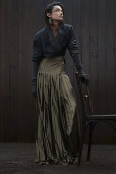 Brunello Cucinelli Fall 2020 Ready-to-Wear Collection - Vogue # Outfits mujer Brunello Cucinelli Fall 2020 Ready-to-Wear Fashion Show Fashion Mode, Fashion 2020, Look Fashion, Autumn Fashion, Fashion Outfits, Fashion Trends, Stylish Outfits, Looks Chic, Looks Style