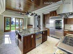 Beautiful Kitchen Design! #luxury #homes #house #kitchen #decor #design #appliances #cabinets #cabinetry #counters