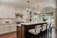 View some recent new home construction and remodel projects of Grenview Construction of Toronto, ON.