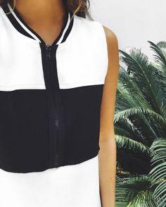 quando uma roupa não precisa nem de acessórios.  #crieiusei #carolfarina shopcarolfarina.com.br/