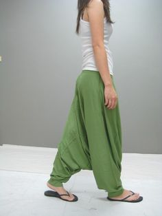Solid waist tie harem pant   Is it bad that I would LOVE a pair?