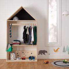 Black playhouse wardrobe | Simons #maisonsimons #kids #children #decor #inspiration #modern