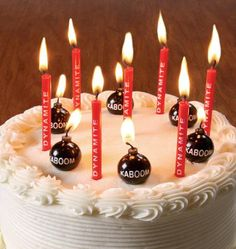 Da Bomb Birthday Candles: Blow Them Out Quickly
