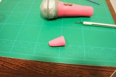 Tarta y Cupcakes Violetta [paso a paso auriculares y micrófono] | Con Corazón de Azúcar