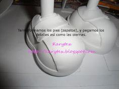 http://moldesdeamanda.blogspot.com.es/2012/04/nino-de-primera-comunion-de-karitex.html
