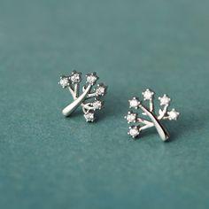 Wishing Tree s925 bông tai bạc sterling bông tai ít gây dị ứng của Hàn Quốc phiên bản của các bông tai kim cương bông tuyết đơn giản ngọt ngào nữ tính