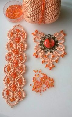Diy Crafts - VK is the largest European social network with more than 100 million active users. Tatting Armband, Tatting Bracelet, Tatting Earrings, Tatting Jewelry, Tatting Lace, Crochet Earrings, Lace Jewelry, Shuttle Tatting Patterns, Needle Tatting Patterns