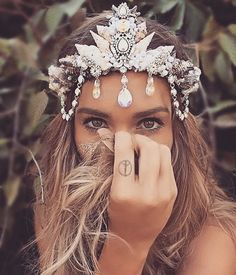 mermaid crown - Google Search                                                                                                                                                      Más