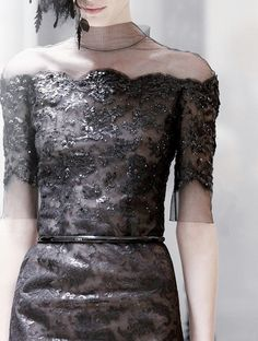 lamorbidezza:  Backstage atChanel Haute Couture Spring 2013