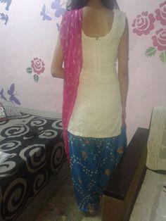 Simple Punjabi Suit {Back} Short Sleeve Dresses, Dresses With Sleeves, Punjabi Suits, I Dress, Designer Dresses, Simple, Collection, Fashion, Moda