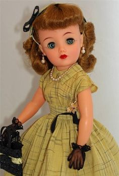 """ORIGINAL Dress! Ideal Miss REVLON vt-18 Vintage 50's 18"""" Fashion Doll, Linen look Kissing Pink dress in Yellow, all new accessories."""