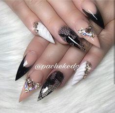 IG: @pachekedg Lace Nail Art, Lace Nails, Top Nail, Trendy Nails, White Nails, Nail Designs, Beauty, Fantasy, Black
