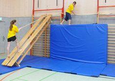 1000 and an adventure game in the adventure gym - sportunterricht - Education Toddler Gym, Kids Gym, Exercise For Kids, Kids Sports, Physical Education Games, Physical Activities, Fun Activities For Kids, Sports Activities, Preschool Gymnastics