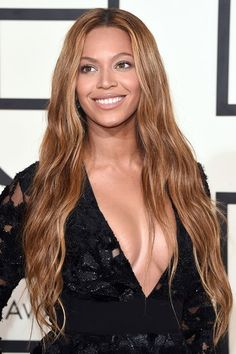 We've got all Beyonce's best hair styles and hair looks. See more of Beyonce's hair, hair styles and make-up looks at GLAMOUR.com