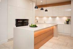 Jag Kitchens/Stoneware Productions