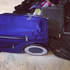 "3 Likes, 1 Comments - AprilPowers.TV (@aprilpowers.tv) on Instagram: ""Getting ready to test out my G-RO suitcase. Will update you in a video. #g-ro #nextlevel #carryon…"""