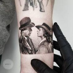 Ultra-modern realistic fine line tattoos by Zlata Kolomoyskaya - Mittellange Frisuren - 2019 - Movie Tattoos, Time Tattoos, Body Tattoos, New Tattoos, Tattoos For Guys, Z Tattoo, Grey Tattoo, Tattoo Studio, Ink Master Tattoos