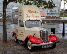 074c842303 Vintage Jowett Bradford Ice Cream Van at Liverpool Albert Dock