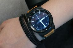 A closer look at LG's circular G Watch R (hands-on)  Do want so much!