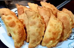 Empanadas, Cheese Pies, Spanakopita, Greek Recipes, Queso, Finger Foods, Food And Drink, Cooking Recipes, Bread