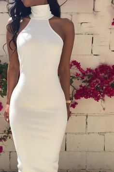 SLIM SLEEVELESS HALTER DRESS