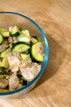 Adventures With Foodie Felisha: Lemon Zucchini Chicken Bariatric Recipes, Paleo Recipes, Low Carb Recipes, Cooking Recipes, Yummy Recipes, Healthy Food Blogs, Healthy Eating, Clean Eating, Healthy Foods