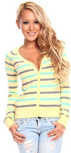 LONG SLEEVE STRIPED V NECK TOP #fashion #everydayLook yellow top, stripes