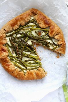 My Little Expat Kitchen: Wild asparagus, yoghurt and ricotta galette with whole-wheat pastry