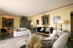 Villa Napoleone is a luxury villa rental in Tuscany that provides to experience the life of your dreams.