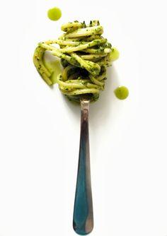 Paste cu pesto de patrunjel Pesto, Asparagus, Noodles, Spaghetti, Vegetarian, Dishes, Vegetables, Recipes, Mai