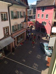 Schwerer Unfall gleich an Schweizer Grenze: 84-Jähriger reisst zwei Menschen in den Tod | Blick