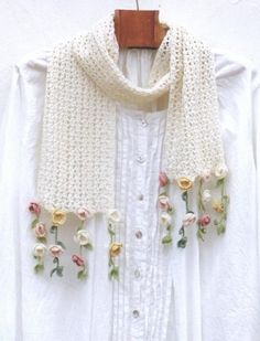 Lace Scarf with Fowler Fringe Crochet Pattern 1