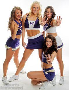 Cheerleader Images, Football Cheerleaders, Cheerleading, Cheer Stunts, Washington Huskies Football, College Cheer, College Football, Cheer Team Pictures, Football Tops
