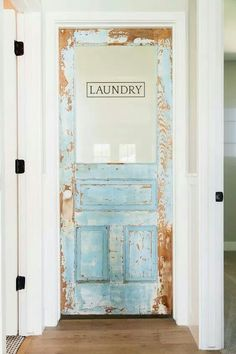 25 ways to give your laundry room a vintage makeover Shabby chic or vintage laundry rooms give your home a touch of rural charm. With the pretty vintage 25 pretty vintage laundry . Home ways to give your laundry room a vintage w Laundry Room Doors, Farmhouse Laundry Room, Laundry Room Design, Farmhouse Decor, Modern Farmhouse, Farmhouse Style, Farmhouse Front, Modern Barn, Rustic Decor