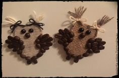 Spring Crafts For Kids, Autumn Crafts, Farmhouse Christmas Ornaments, Christmas Decorations, Diy Crafts Videos, Diy And Crafts, Coffee Bean Art, Coffee Crafts, Burlap Crafts