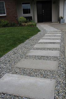 35 beautiful gravel garden design ideas for side yard and backyard 19 Front Garden Landscape, Gravel Garden, Gravel Driveway, Side Yard Landscaping, Landscaping With Rocks, Outdoor Gardens, Garden Design, Large Pavers, Sidewalks