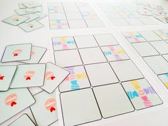 """124 Me gusta, 21 comentarios - Lucía Rey (@tea_crea) en Instagram: """"Hola a todxs!!! ¿Qué tal? Hoy os traigo un material versátil al que se le pueden dar varios usos. ⚡…"""" Rey, Playing Cards, Instagram, Playing Card Games, Game Cards, Playing Card"""