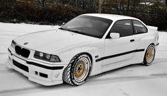 Snow Bunny M3 Carros Bmw, Bmw 325, Street Racing Cars, Nissan Skyline Gt, Bmw Love, Futuristic Cars, Jdm Cars, Amazing Cars, Sport Cars