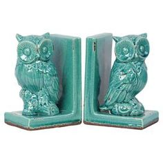 Set of two owl bookends in distressed blue.  Product: Set of 2 bookends Construction Material: StonewareColor: BlueDimensions: 8.26 H x 5.51 W x 3.94 D each