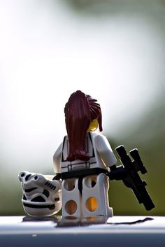 I don't really care for star wars lego sets, not knocking anyone who is but who says that all stormtroopers are men? Lego Stormtrooper, Starwars Lego, Female Stormtrooper, Star Wars Film, Lego Star Wars, Legos, Lego Poster, Cuadros Star Wars, Lego People
