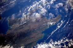 Sam Cristoforetti @AstroSamantha   5 years after #HaitiEarthquake - thinking of you from space.