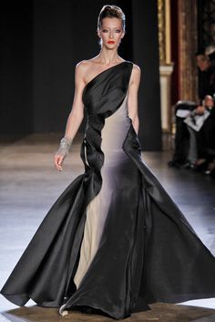Zac Posen Spring 2011 Ready-to-Wear - Collection - Gallery - Look 1 - Style.com
