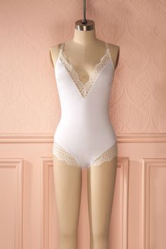 Tsia White from Boutique 1861