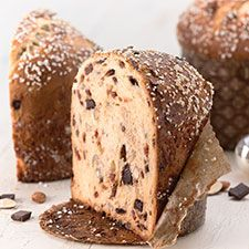 Sweet cherries, rich chocolate, and crunchy almonds take panettone to new heights. Noel Christmas, Christmas Baking, Christmas Goodies, Christmas Recipes, Christmas Bread, Italian Christmas, Christmas Pudding, Christmas Kitchen, Holiday Recipes